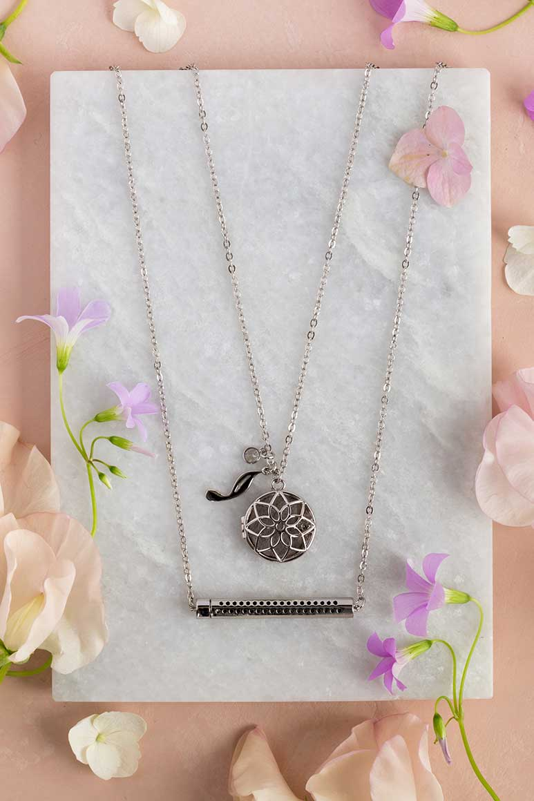 2017 Young Living Spring Special Locket and Cylinder Essential Oil Necklaces
